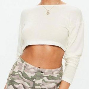 Missguided White Long Sleeve Twist-Back Crop Top